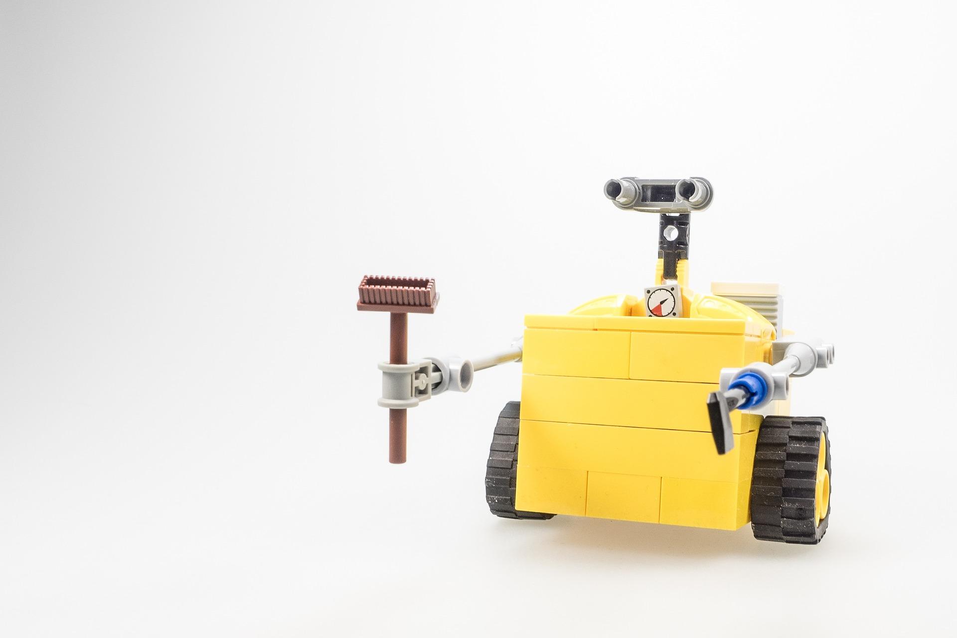 robot hacer limpieza casa