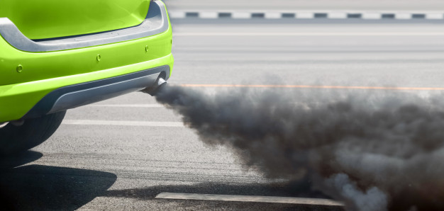 problemas de humos de color en combustion coche